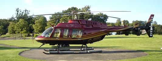 En helikopter Bell 407 i nordvästra Skåne
